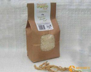 Mẫu bao bì giấy có lớp nilon mỏng giúp người dùng có thể thấy được gạo bên trong