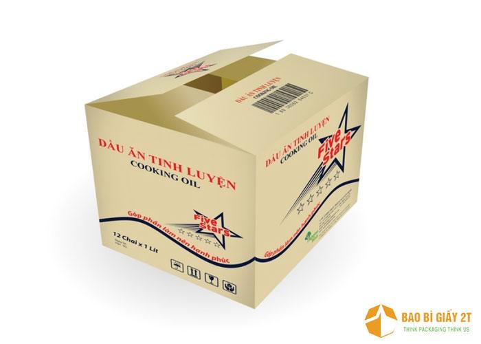 Thiết kế thùng carton dầu ăn Five Stars với hình ảnh logo của nhãn hàng xuất hiện ở các mặt thùng cùng với những thông tin cần thiết.